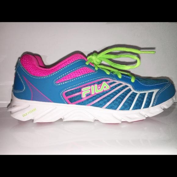 ‼️PRICE DROP‼️FILA Running Tennis Shoes (DLS Foam)